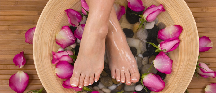 Home-Salon-Services-Are-Useful-For-Women---1st blog